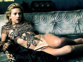 Scarlett johansson-1