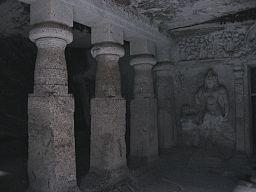 256px-Jogeshwari Caves inside