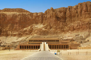 Private-tour-luxor-west-bank-valley-of-the-kings-and-hatshepsut-temple-in-luxor-140679