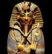 Death-mask-of-tutankhamun