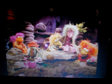 File:Fraggle Five looking for the Lilly Creature.jpg