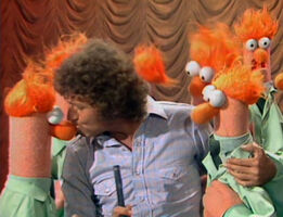 Kiss beaker mac davis