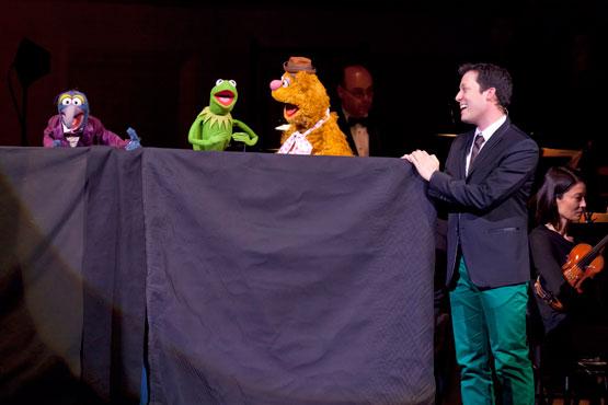 File:JHMW-John&Muppets.jpg