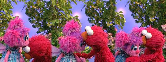 Elmo&Abby-BooBooKisses