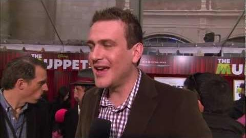 Jason Segel interviewed at The Muppets World Premiere!