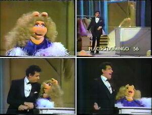 MissPiggy&PlacidoDomingo-1982