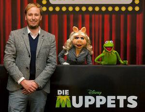 DieMuppets-GermanPremierePressConference-Berlin-(2012-01-18)01