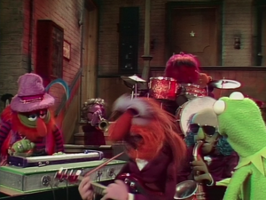 Dr. Teeth and the Electric Mayhem 40 Fugue For The Frog