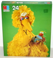 Milton bradley 1982 puzzle big bird doctor