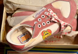 Keds 1982 miss piggy running shoes sneakers 4