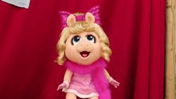 MuppetBabiesPlayDate-BabyPiggy