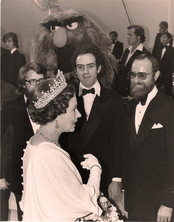 Queen Elizabeth II | Muppet Wiki | FANDOM powered by Wikia
