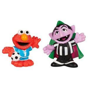HasbroPlayskool-SesameStreet-Figures-SoccerFriends-CountVonCount&Elmo