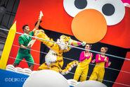 Universal studios singapore sesame street birthday blowout show lily 2