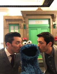 Kiss-PropertyBrothers&CookieMonster-(2018)