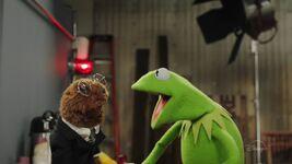 MuppetsNow-Trailer-14