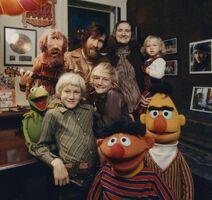 Hensonfamilymuppets70s