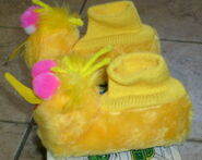 J c penneys 1973 big bird slippers 3