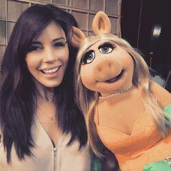 Krista Allen Miss Piggy