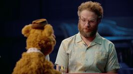 MuppetsNow-Trailer-09-SethRogen
