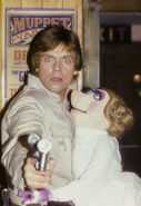 Mark Hamill Miss Piggy blaster