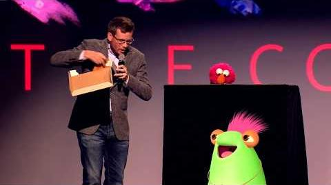 Elmo and Marvie Join John Green live at VidCon 2017