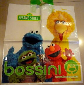 B 2009 shopping bags 3