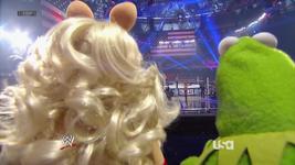 WWE-TributeToTheTroops-10-(2012-12-19)