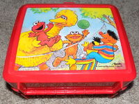 Aladdin lunchbox volleyball