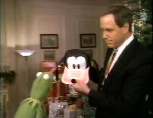 Kermit-GoofyHat