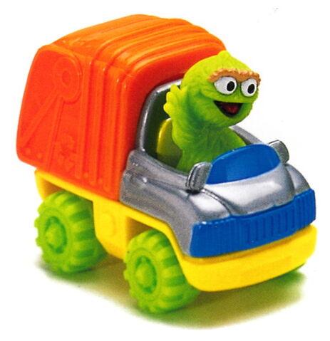 File:Matchbox oscar's garbage truck.jpg