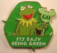 Kermit green disney pin