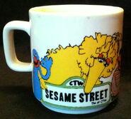 Crown lynn 1981 mug 1