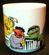 Crown lynn 1981 mug 2