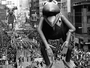 Kermit bullwinkle balloon 1977