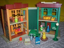Fisherprice123playset-back