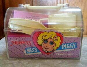 Miss piggy travel set