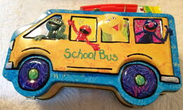 Msrf 2005 school bus lunchbox