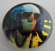Muppet show button pin badge uk zoot