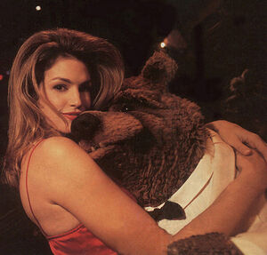 Cindy Crawford Bobo
