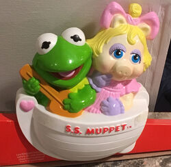 Muppet Babies crib music box 01