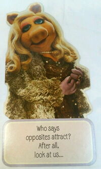 Hallmark 1980 card piggy opposites 1