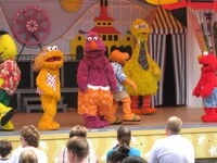 Big bird's beach party 3