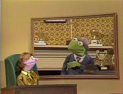 Leslie Mostly Kermit