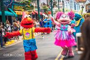 Universal studios singapore sesame street birthday blowout show 2