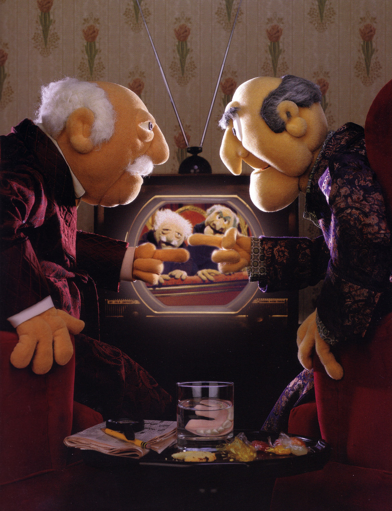 Build That Features Two Of The Best Muppets Statler And Waldorf You Know Those Old Guys Who Are Never Hy Always Heckling From Balcony