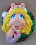 Kurt adler christmas miss piggy wreath ornament