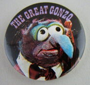 Muppet show button pin badge uk gonzo