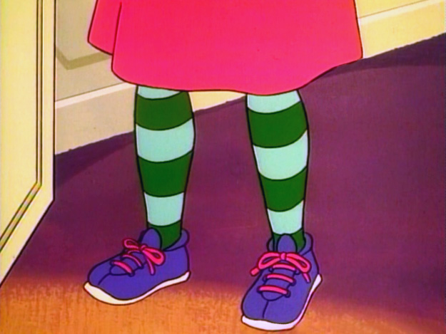 File:Nanny feet.jpg