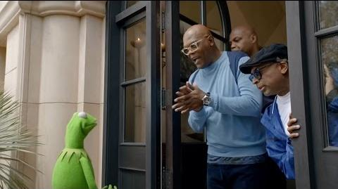 Capital One Bowl Mania Kermit